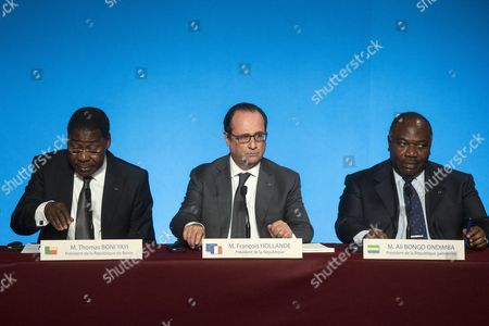 (l-r) Benin President Thomas Boni Yayi French President Francois Hollande and Congo President Ali Bongo Hold a Press Conference Following a Lunch at the Elysee Palace to Honor the African Presidents Involved in Sustainable Development in Regard to the Cop21 in Paris France 10 November 2015 France Paris