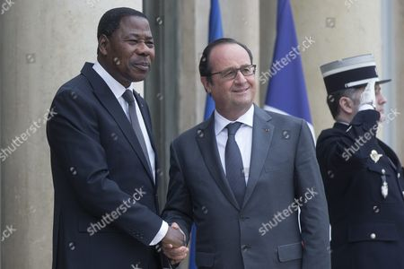 Benin President Thomas Boni Yayi (l) is Welcomed by French President Francois Hollande As He Arrives at the Elysee Palace For a Lunch in the Honor of Several African President Regarding the Cop21 in Paris France 10 November 2015 France Paris