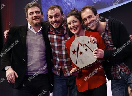 French Actors Antoine Gouy (2-l) Fanny Valette (2-r) French Producer Paul Lefevre (r) and Unidentified Person Pose with 'Special Jury' Prize For Their Movie 'A Love You' During the Closing Ceremony of the 18th Annual International Comedy Film Festival in L'alpe D'huez France 17 January 2015 France Alpe D'huez