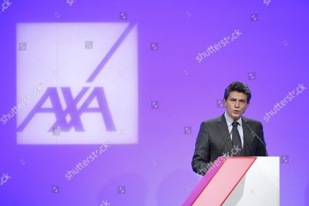 Henri De Castries Chairman and Ceo of Axa Speaks at a News Conference to Presents the French Insurance Company's 2015 Results in Paris France 25 February 2016 the Company Has Announced a Net Income of 5 6 Billions Euros in 2015 Which Represents a 3 Per Cent Increase France Paris