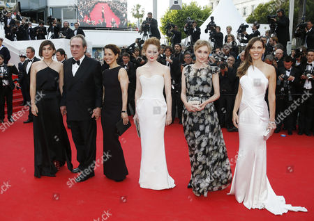 Australian Actress Miranda Otto (3-r) Danish Actress Sonja Richter (2-r) Us Director Tommy Lee Jones (2-l) and Wife Dawn Laurel-jones (3-l) Us Actress Hilary Swank (r) and Guest Arrive For the Screening of 'The Homesman' During the 67th Annual Cannes Film Festival in Cannes France 18 May 2014 the Movie is Presented in the Official Competition of the Festival Which Runs From 14 to 25 May France Cannes