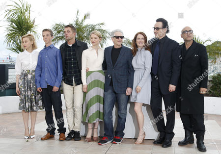 (l-r) Canadian Actress Sarah Gadon Candian Actor Evan Bird British Actor Robert Pattinson Canadian Director David Cronenberg Us Actress Julianne Moore Us Actor John Cusack and Us Writer Bruce Wagner Pose During the Photocall For 'Maps to the Stars' at the 67th Annual Cannes Film Festival in Cannes France 19 May 2014 the Movie is Presented in the Official Competition of the Festival Which Runs From 14 to 25 May France Cannes