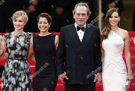 Danish Actress Sonja Richter (l) Us Director Tommy Lee Jones (2-r) and Wife Dawn Laurel-jones (2-l) and Us Actress Hilary Swank (r) Arrive For the Screening of 'The Homesman' During the 67th Annual Cannes Film Festival in Cannes France 18 May 2014 the Movie is Presented in the Official Competition of the Festival Which Runs From 14 to 25 May France Cannes