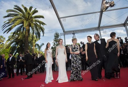 Stock Image of Australian Actress Miranda Otto (2-l) Danish Actress Sonja Richter (3-l) Us Director Tommy Lee Jones (2-r) and Wife Dawn Laurel-jones (3-r) Us Actress Hilary Swank (l) and Guest Arrive For the Screening of 'The Homesman' During the 67th Annual Cannes Film Festival in Cannes France 18 May 2014 the Movie is Presented in the Official Competition of the Festival Which Runs From 14 to 25 May France Cannes