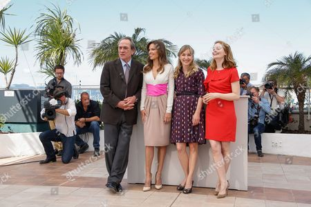 Stock Image of (l-r) Us Director Tommy Lee Jones Us Actress Hilary Swank Danish Actress Sonja Richter and Australian Actress Miranda Otto Pose During the Photocall For 'The Homesman' at the 67th Annual Cannes Film Festival in Cannes France 18 May 2014 the Movie is Presented in the Official Competition of the Festival Which Runs From 14 to 25 May France Cannes