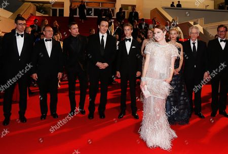 British Actor Robert Pattinson (3-l) Us Actor John Cusack (4-l) Canadian Actor Evan Bird (5-l) Us Actress Julianne Moore (4-r) Australian Actress Mia Wasikowska (5-r) Canadian Director David Cronenberg (2-r) Canadian Actress Sarah Gadon (3-r) and Guests Leave the Festival Palace After the Screening of 'Maps to the Stars' During the 67th Annual Cannes Film Festival in Cannes France 19 May 2014 the Movie was Presented in the Official Competition of the Festival Which Runs From 14 to 25 May France Cannes