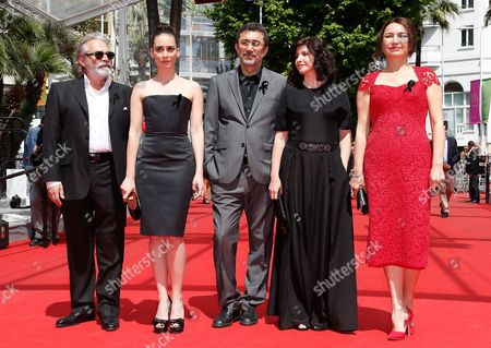 (l-r) Turkish Actor Haluk Bilginer Turkish Actress Melisa Sozen Turkish Director Nuri Bilge Ceylan Turklish Writer Ebru Ceylan and Turkish Actress Demet Akbag Arrive For the Screening of 'Winter Sleep' During the 67th Annual Cannes Film Festival in Cannes France 16 May 2014 They Wear a Black Ribbon in Support of the Victims of the Mine Disaster in Soma Turkey the Movie is Presented in the Official Competition of the Festival Which Runs From 14 to 25 May France Cannes