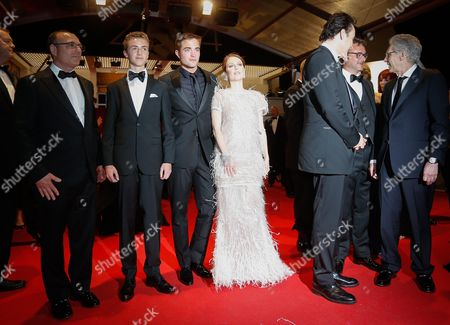 Canadian Actor Evan Bird (l) British Actor Robert Pattinson (3-l) Us Actress Julianne Moore (4-l) and Guests Leave the Festival Palace After the Screening of 'Maps to the Stars' During the 67th Annual Cannes Film Festival in Cannes France 19 May 2014 the Movie was Presented in the Official Competition of the Festival Which Runs From 14 to 25 May France Cannes