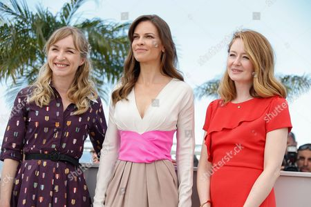 (l-r) Danish Actress Sonja Richter Us Actress Hilary Swank and Australian Actress Miranda Otto Pose During the Photocall For 'The Homesman' at the 67th Annual Cannes Film Festival in Cannes France 18 May 2014 the Movie is Presented in the Official Competition of the Festival Which Runs From 14 to 25 May France Cannes