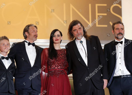Danish Actor Mads Mikkelsen (2-l) French Actress Eva Green (c) Danish Director Kristian Levring (2-r) Us Actor Jeffrey Dean Morgan (r) and Actor Toke Lars Bjarke (l) Arrive For the Screening of 'The Salvation' During the 67th Annual Cannes Film Festival in Cannes France 17 May 2014 the Movie is Presented out of Competition at the Festival Which Runs From 14 to 25 May France Cannes