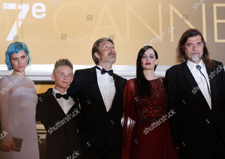 Danish Actor Mads Mikkelsen (c) French Actress Eva Green (2-r) Danish Director Kristian Levring (r) Danish Singer Nanna Oland Fabricius Aka Oh Land (l) and Actor Toke Lars Bjarke (2-l) Arrive For the Screening of 'The Salvation' During the 67th Annual Cannes Film Festival in Cannes France 17 May 2014 the Movie is Presented out of Competition at the Festival Which Runs From 14 to 25 May France Cannes