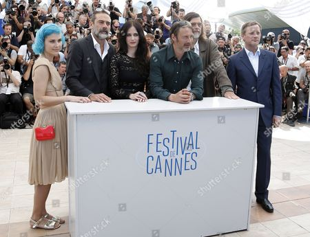 (l-r) Danish Singer Nanna Oland Fabricius Aka Oh Land Us Actor Jeffrey Dean Morgan French Actress Eva Green Danish Actor Mads Mikkelsen Danish Director Kristian Levring and British Actor Douglas Henshall Pose During the Photocall For 'The Salvation' at the 67th Annual Cannes Film Festival in Cannes France 17 May 2014 the Movie is Presented out of Competition at the Festival Which Runs From 14 to 25 May France Cannes