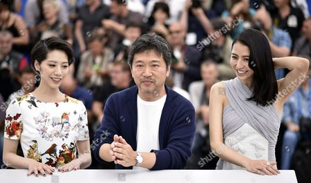 (l-r) Japanese Actress Kaho Japanese Director Hirokazu Kore-eda and Japanese Actress Masami Nagasawa Pose During the Photocall For 'Umimachi Diary' (our Little Sister) at the 68th Annual Cannes Film Festival in Cannes France 14 May 2015 the Movie is Presented in the Official Competition of the Festival Which Runs From 13 to 24 May France Cannes