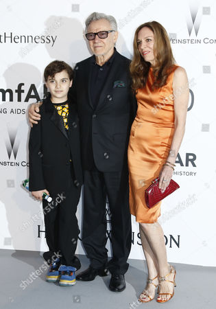 Stock Photo of Us Actor Harvey Keitel (c) Daphne Kastner and Relative Attend the Cinema Against Aids Amfar Gala 2015 Held at the Hotel Du Cap Eden Roc in Cap D'antibes France 21 May 2015 Within the Scope of the 68th Annual Cannes Film Festival That Runs From 13 to 24 May France Cap D'antibes