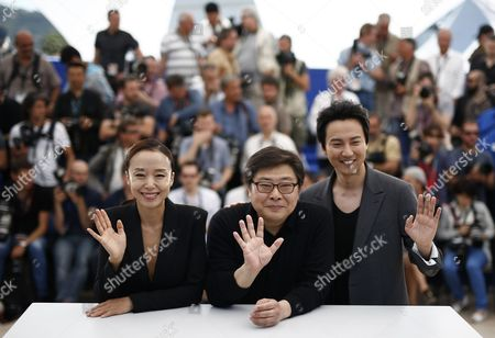 (l-r) South Korean Actress Jeon Do-yeon South Korean Director Oh Seung-uk and South Korean Actor Kim Nam-gil Pose During the Photocall For 'Mu-roe-han' (the Shameless) at the 68th Annual Cannes Film Festival in Cannes France 16 May 2015 the Movie is Presented in the Section Un Certain Regard of the Festival Which Runs From 13 to 24 May France Cannes