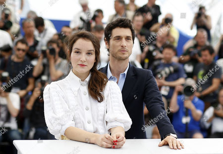 French Actress Anais Demoustier (l) and French Actor Jeremie Elkaim (r) Pose During the Photocall For 'Marguerite and Julien' at the 68th Annual Cannes Film Festival in Cannes France 19 May 2015 the Movie is Presented in the Official Competition of the Festival Which Runs From 13 to 24 May France Cannes