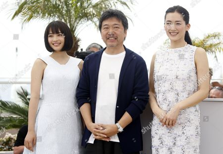 (l-r) Japanese Actress Suzu Hirose Japanese Director Hirokazu Kore-eda and Japanese Actress Haruka Ayase Pose During the Photocall For 'Umimachi Diary' (our Little Sister) at the 68th Annual Cannes Film Festival in Cannes France 14 May 2015 the Movie is Presented in the Official Competition of the Festival Which Runs From 13 to 24 May France Cannes