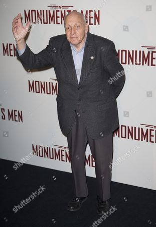 The Last Living Contemporary Witness and Original Member of the 'Monuments Men' Harry Ettlinger For Photographers During the Premiere of 'The Monuments Men' in Paris France 12 February 2014 the Movie Opens in French Theaters on 12 March France Paris