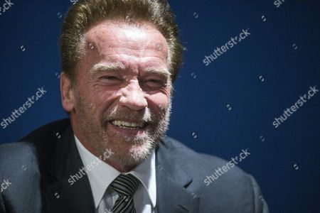 Former Us California Governor and Actor Arnold Schwarzenegger Talks During a Meeting with Austrian Environment Minister Andrae Rupprechter and French Foreign Affairs Minister Laurent Fabius (both not Pictured) During the Cop21 World Climate Change Conference 2015 in Le Bourget North of Paris France 08 December 2015 the 21st Conference of the Parties (cop21) is Held in Paris From 30 November to 11 December Aimed at Reaching an International Agreement to Limit Greenhouse Gas Emissions and Curtail Climate Change France Paris