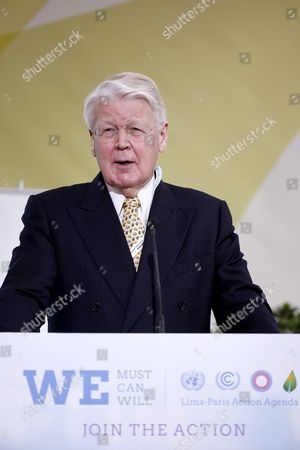 Icelandic President Olafur Ragnar Grimsson Delivers a Speech During the 'Lpaa Focus on Energy' Session at the Cop21 World Climate Change Conference 2015 in Le Bourget North of Paris France 07 December 2015 the 21st Conference of the Parties (cop21) is Held in Paris From 30 November to 11 December Aimed at Reaching an International Agreement to Limit Greenhouse Gas Emissions and Curtail Climate Change France Le Bourget
