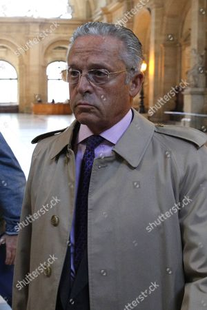 Stock Photo of French Businessman Guy Wildenstein Arrives at the Paris Justice Palace For His and His Family's Trial For Tax Evasion and Fiscal Fraud in Paris France 22 September 2016 Wildenstein is Accused of Hiding His and His Family's Fortune in Off-shore Tax Shelters France Paris