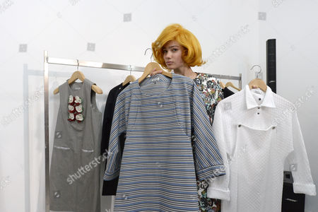 A Model Poses with Creations at the Presentation of the Spring/summer 2015 Ready to Wear Collection by Belgian Designer Jean-paul Lespagnard During the Paris Fashion Week in Paris France 28 September 2014 the Presentation of the Women's Collections Runs From 23 September to 01 October France Paris