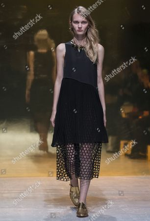 A Model Presents a Creation From the Spring/summer 2015 Ready to Wear Collection by German Designers Johanna Kuehl and Alexandra Fischer-roehler For Their Label Kaviar Gauche During the Paris Fashion Week in Paris France 24 September 2014 the Presentation of the Women's Collections Runs From 23 September to 01 October France Paris