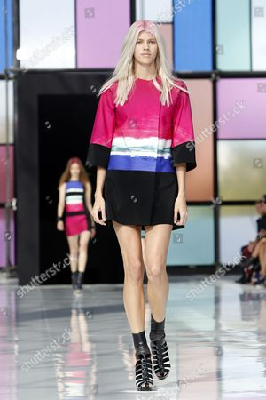 A Model Presents a Creation From the Spring/summer 2015 Ready to Wear Collection by French Designer Maxime Simoens During the Paris Fashion Week in Paris France 28 September 2014 the Presentation of the Women's Collections Runs From 23 September to 01 October France Paris