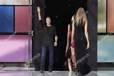 French Designer Maxime Simoens Acknowledges the Audience After Presenting His Spring/summer 2015 Ready to Wear Collection During the Paris Fashion Week in Paris France 28 September 2014 the Presentation of the Women's Collections Runs From 23 September to 01 October France Paris