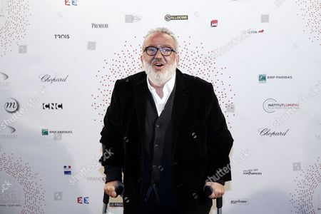 French Director and Producer Dominique Farrugia Poses For the Photographers During a Photocall Organized Prior to the Vip Opening of the Exhibition 'Lumiere ! Le Cinema Invente' (lumiere ! the Cinema Invented) at the Grand Palais in Paris France 26 March 2015 For the 120th Anniversary of the Invention of the Cinematograph the Lumiere Institute Organizes an Exhibition 'Lumiere ! Le Cinema Invente' (lumiere ! the Cinema Invented) Which Retraces the Inventions of the Two French Brothers Louis Et Auguste Lumiere the Event Runs From 27 March to 14 June 2015 France Paris