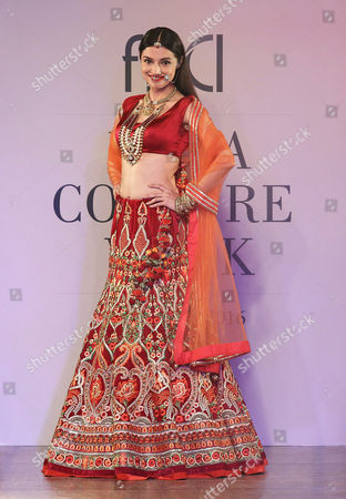 Stock Photo of Indian Bollywood Actress Divya Khosla Kumar Presents a Creation by Indian Designer Reynu Taandon During Fdci India Couture Week 2016 in New Delhi India 22 July 2016 the Fdci India Couture Week 2016 is Scheduled From 20 to 24 July India New Delhi