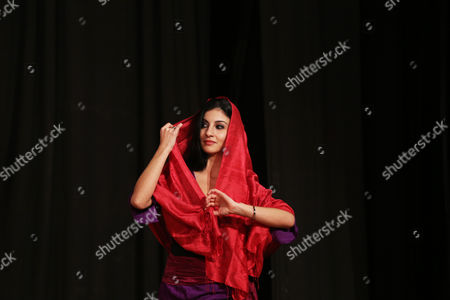 Stock Image of Italian Artist Valentina Manduchi From Nomad Dance Fest Performs During a Cultural Event Titled World Folk Fusion 2013 in Amritsar India 19 December 2013 the Folk Festival was Organized by the Punjab Cultural Promotion Council India Amritsar