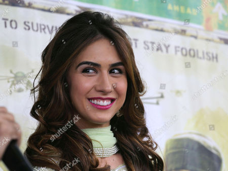 Bollywood Film Star Lauren Gottlieb Poses During Their Promotional Tour with Her Co-star Jackky Bhagnani (not Pictured) of Their Film 'Welcome 2 Karachi' in Srinagar the Summer Capital of Indian Kashmir 09 May 2015 Inviting Bollywood is a Part of an Effort by the State Government to Promote Kashmir As an Ideal Tourist Destination India Srinagar