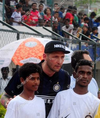 Former Inter Milan Player Marco Materazzi (c) Poses For a Photograph During His Visit to Bangalore Soccer Association in Bangalore India 23 May 2014 Inter Milan is to Launch a Youth Academy in Hosur on the Outskirts of Bangalore by 01 June 2014 India Bangalore
