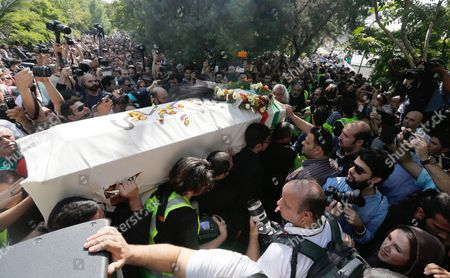 Iranians Carry the Coffin of Iranian Film Director Abbas Kiarostami During a Funeral Ceremony in Tehran Iran 10 July 2016 According to Media Reports Award-winning Filmmaker Kiarostami Died After Several Months of Illness at the Age of 76 in Paris France on 04 July 2016 He Had Been Suffering From Gastrointestinal Cancer Since the End of March and Had Been Undergoing Hospital Treatment in France Kiarostami Whose Career Spanned 40 Decades was Considered One of the Most Prominent Directors of Iran Iran (islamic Republic Of) Tehran