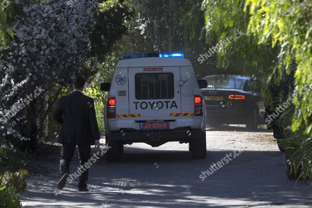 Stock Photo of Former Israeli Prime Minister Ehud Olmert Inside the Sedan (r) Leaves His Home in Motsa Illit Just to the West of Jerusalem 15 February 2016 to Travel to the Prison in Ramle Outside Tel Aviv to Begin Serving His Jail Term Olmert Has to Serve 19 Months in Jail After Being Found Guilty of Corruption Charges Pertaining to when He was Mayor of Jerusalem Before Becoming the Prime Minister Olmert the First Prime Minister to Serve a Jail Term Released a Video Which Says 'No One is Above the Law i Made Mistakes But They Were not Criminal in Nature i Reject Outright the Charges Related to Bribery ' Israel Motsa Illit