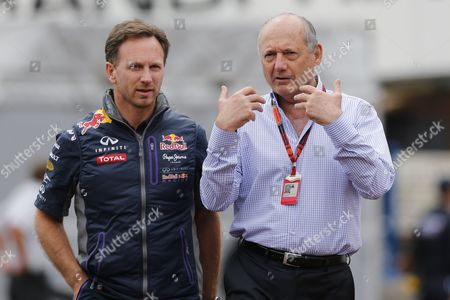 Mclaren Chairman and Ceo Ron Dennis (r) Talks with Red Bull Racing Team Chief Christian Horner (l) on the Pit Lane Prior the Third Practice Session of the Monaco Formula One Grand Prix at the Monte Carlo Circuit in Monaco 23 May 2015 the 2015 Formula One Grand Prix of Monaco Will Take Place on 24 May 2015 Monaco Monte Carlo