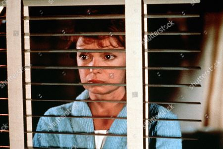 "'Jane Doe'  TV Film - 1983 -   Victoria  Schaffer ""Jane Doe"" (Karen Valentine) stares through a window from her hospital room."