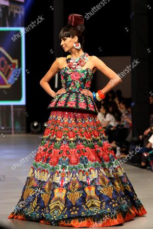A Picture Made Available on 12 March 2016 Shows a Model Presenting a Creation of Pakistani Designer Nomi Ansari During the Pakistan Fashion Design Council (pfdc) Fashion Week in Lahore Pakistan 11 March 2016 the Fashion Exhibition That Features Designers From Southern Asia Runs Until 12 March Pakistan Lahore