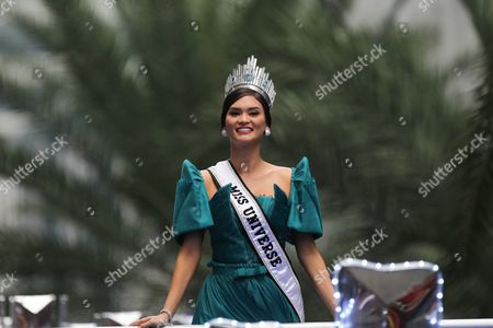 Miss Universe 2015 Pia Alonzo Wurtzbach of the Philippines Looks to the Crowd During Her Homecoming Parade in the Financial District of Makati South of Manila Philippines 25 January 2016 Miss Universe 2015 Pia Wurtzbach Returned Home to the Philippines on 23 January For a Weeklong Visit the First Since She Won the Crown in December She Will Attend a Charity Event and Meet with President Benigno Aquino and Other Government Officials During Her Trip Wurtzbach is the Third Filipino to Win Miss Universe After Gloria Diaz in 1969 and Margie Moran in 1973 Her Victory was Marred by Controversy when Host Steven Harvey First Announced Miss Columbia Ariadna Gutierrez As the Winner Harvey Corrected Himself After Gutierrez was Already Crowned She Won the Miss Universe Pageant in Las Vegas on 20 December 2015 Philippines Manila