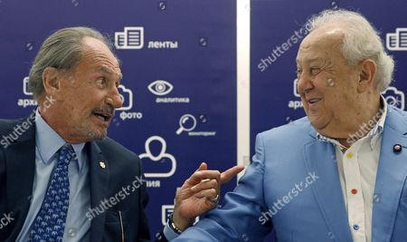 Father of the Former French President Nicholas Sarkozy Pal Sarkozy (l) Speaks with the President of Russia's Fine Art Academy Zurab Tsereteli (r) During the Opening of His Exhibition in the Russia's Fine Art Exhibition Hall in Moscow Russia 01 September 2015 Hungarian Born Pal Sarkozy 88 Arrived in France in 1948 and Made a Career As a Successful Designer and Started As an Artist Only in 2001 Russian Federation Moscow