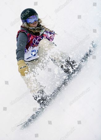 Hannah Teter of Usa in Action During the Women's Snowboard Halfpipe Qualification at Rosa Khutor Extreme Park at the Sochi 2014 Olympic Games Krasnaya Polyana Russia 12 February 2014 Russian Federation Krasnaya Polyana