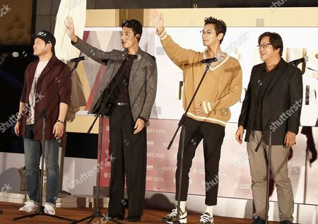 (l-r) South Korean Actors Jung Man-sik Jung Woo-sung Joo Ji-hoon Kwak Do-won and South Korean Director Kim Sung-soo Attend an Open Talk About Their Movie 'Asura : the City of Madness' at the 21th Busan International Film Festival (biff) Plaza in Busan South Korea 08 October 2016 the Biff Runs From 06 to 15 October and Will Feature Sreenings of 301 Titles From 69 Countries Korea, Republic of Busan