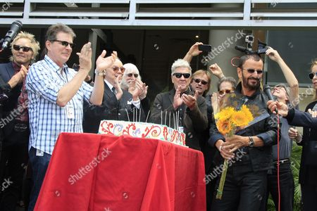 From Left: Musicians Matt Sorum Guest Edgar Winter Us Director David Lynch Barbara Bach Uk Musician Ringo Starr Marjorie Bach and Ringo's Birthday Cake at a Celebration of His 75th Birthday at Capitol Records in Hollywood Los Angeles California Usa 7 July 2015 the Former Beatle Celebrated with a Peace & Love Salute at Noon with Friends and Fans United States Los Angeles