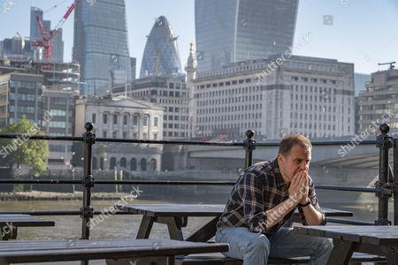 Unforgotten (Series 2, Episode 6) - Nigel Lindsay as Tony kelsey.