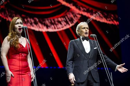 Russian soprano Elena Stikhina (L) and Spanish tenor Jose Carreras perform during their concert in Papp Laszlo Sports Arena in Budapest, Hungary, 20 January 2017.