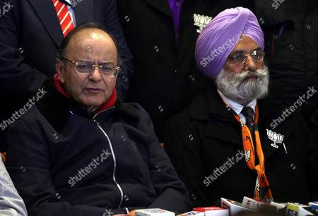 Stock Image of Arun Jaitley and Rajinder Mohan Singh Chhina