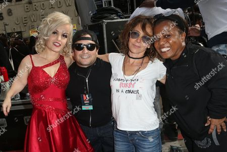 Joe Gnoffo, Terra Jole, Jennifer Grey, Tonya Reneé Banks