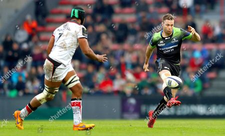 Toulouse vs Connacht. Toulouse's Thierry Dusautoir and Jack Carty of Connacht
