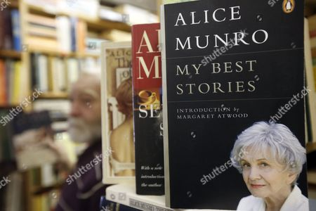 Grant Purdy Owner of the Book Gallery Bookstore Makes a Display of Canadian Writer Alice Munro's Book at His Store in Carleton Place Ontario Canada 10 October 2013 82-year-old Canadian Author Alice Munro Has Been Awarded the 2013 Nobel Prize For Literature Canada Ottawa